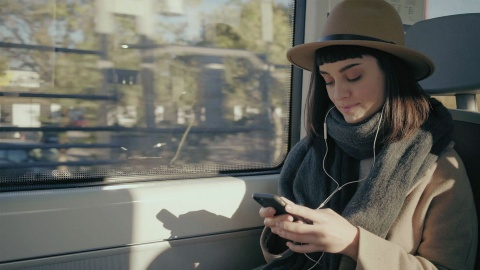 Smart Public Transport and Mobile Ticketing - Infineon
