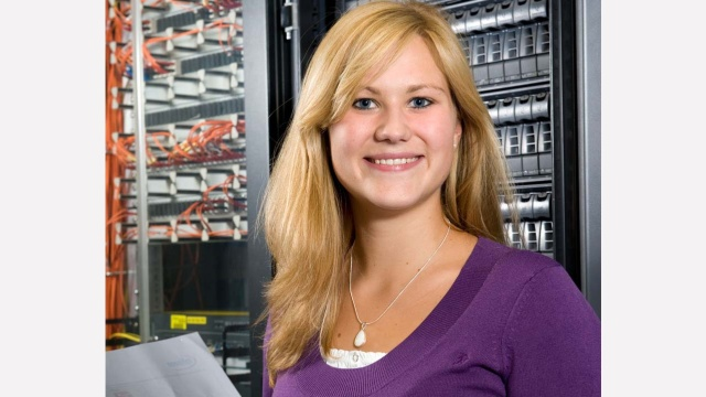 Raina is a dual student of business informatics in Munich.