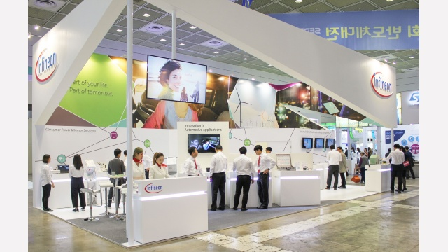 Infineon at the 2016 SEDEX (Semiconductor Exhibition) with global companies.