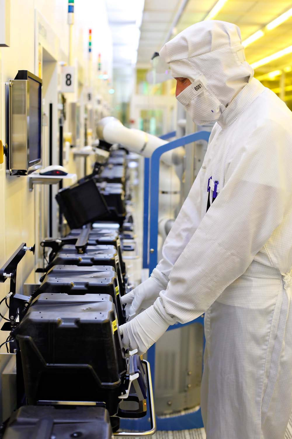 Manufacturing - Infineon Technologies