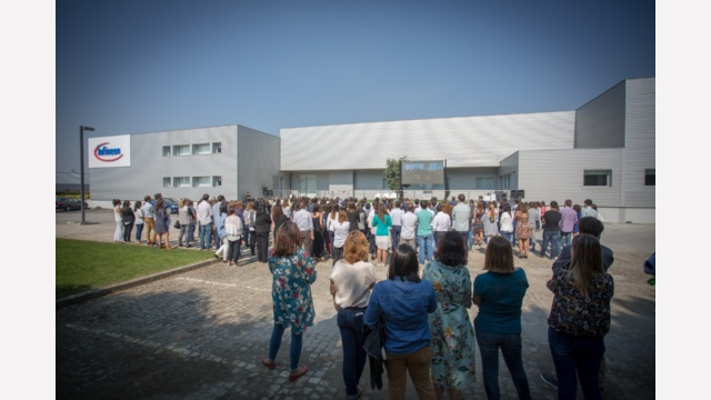 More than 300 employees are working at our site in Porto.