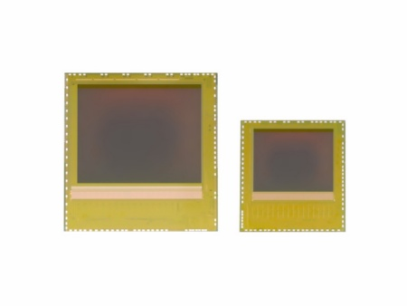 The new image sensor chips of the REAL3™ family (left: IRS1125C, right: IRS16x5C) are exclusively delivered as bare die to allow maximum design flexibility while minimizing system costs.