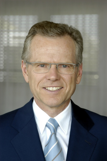 Dr. Wolfgang Ziebart takes over as CEO at Infineon