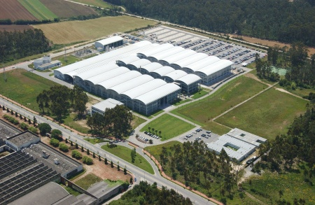Infineon Expands in Portugal - Memory Chip Assembly and Testing Facility Enlarged at Cost of Euro 230 Million - Creating about 500 New Jobs in Porto