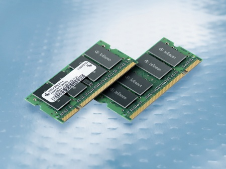 The Infineon 2GB DDR2 SO-DIMMs are manufactured with 8 dual-die 2Gbit DDR2 components that achieve the currently maximum density of 2GB with a thickness of 3.8mm at the standard 30mm height.