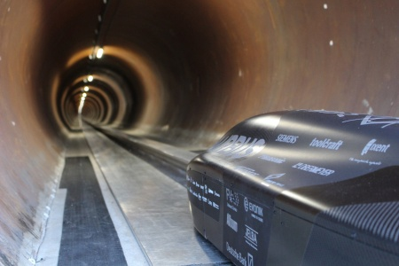 With a record breaking 290 mph (467 km/h) the WARR Hyperloop pod raced along the 1.2 kilometer test track. On board, 144 Infineon semiconductors. (courtesy of TUM).