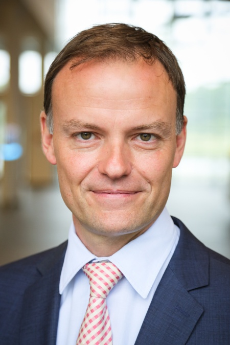 Effective 1 March 2018, Alexander Foltin, Corporate Vice President, has assumed responsibility for Investor Relations at Infineon Technologies AG