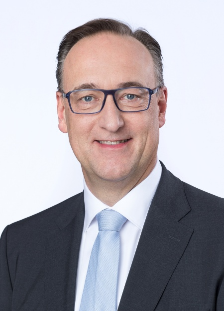 Dr. Helmut Gassel, member of the management board, Infineon Technologies AG