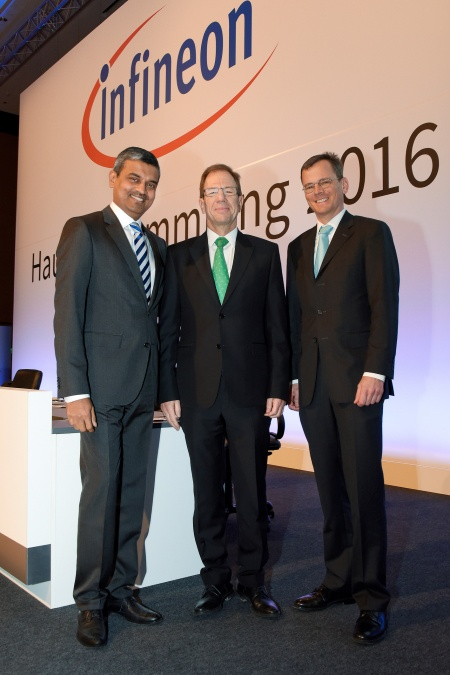 The Executive Board of Infineon Technologies AG at the Annual General Meeting 2016: Arunjai Mittal, Dr. Reinhard Ploss and Dominik Asam (from left to right).