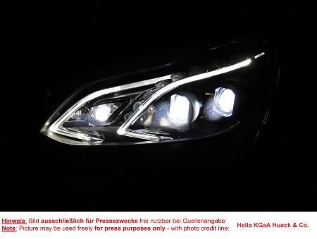 New automotive lighting revolutionizes road safety