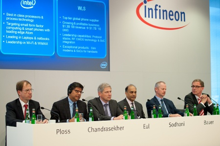 "Joint Press Conference of Infineon and Intel, August 30, 2010: ""Infineon Sells Wireless Solutions business to Intel"" (from left to right): Dr. Reinhard Ploss, Member of the Management Board, responsible for Operations, and Labor Director at Infineon Technologies AG / Anand Chandrasekher, Senior Vice President and General Manager, Ultra Mobility Group, Intel Corporation / Prof. Dr. Hermann Eul, Member of the Management Board, responsible for Sales, Marketing, Technology and R&D at Infineon Technologies AG  / Arvind Sodhani, Executive Vice President of Intel Corporation and President of Intel Capital / Peter Bauer, CEO of Infineon Technologies AG / Ralph Driever, Corporate Vice President Communications, Infineon Technologies AG"